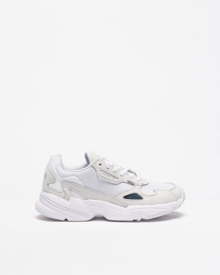 Baskets Adidas Falcon W B28128