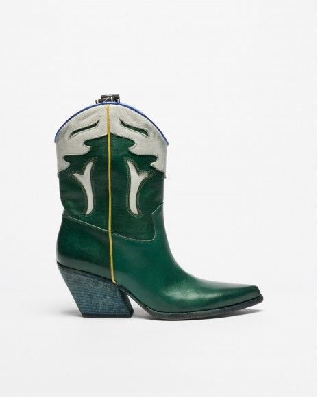 Boots Elena Yachi