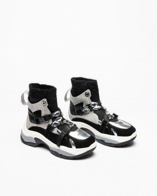 Pokemaoke Sneakers
