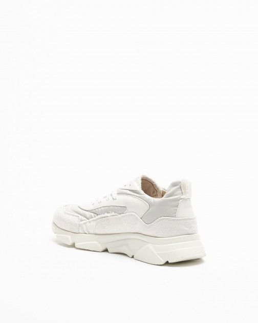 Moma Sneakers
