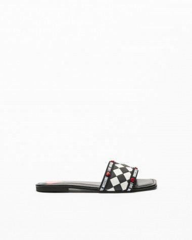 Love Moschino Slides